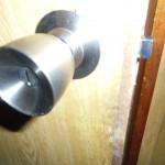 新品ドアノブ トイレのドア